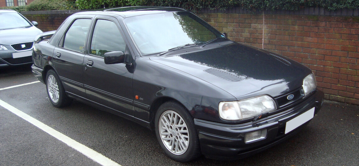 Ford Sierra Sapphire Cosworth similar to the one used by Spender